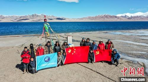 中国科学家完成可可西里湖泊水深测量 有望反映1万年前该区域气候变化